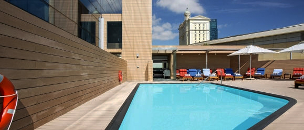 Westin-Cape-Town-Outdoor-Pool-2048-x-877-a
